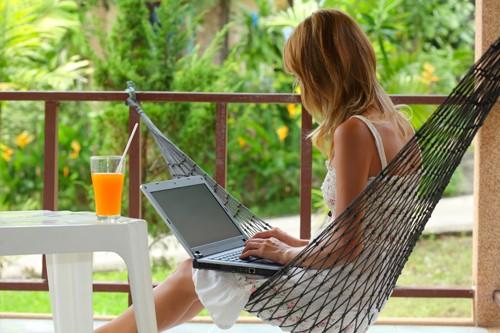 rabota-izvun-ofis-laptop-(6)-28762-500x0