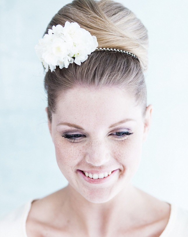 bloved-uk-wedding-blog-3-ways-with-flowers-sleek-and-stylish